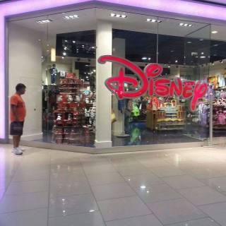 Фотография steffi: disney store aventura mall miami