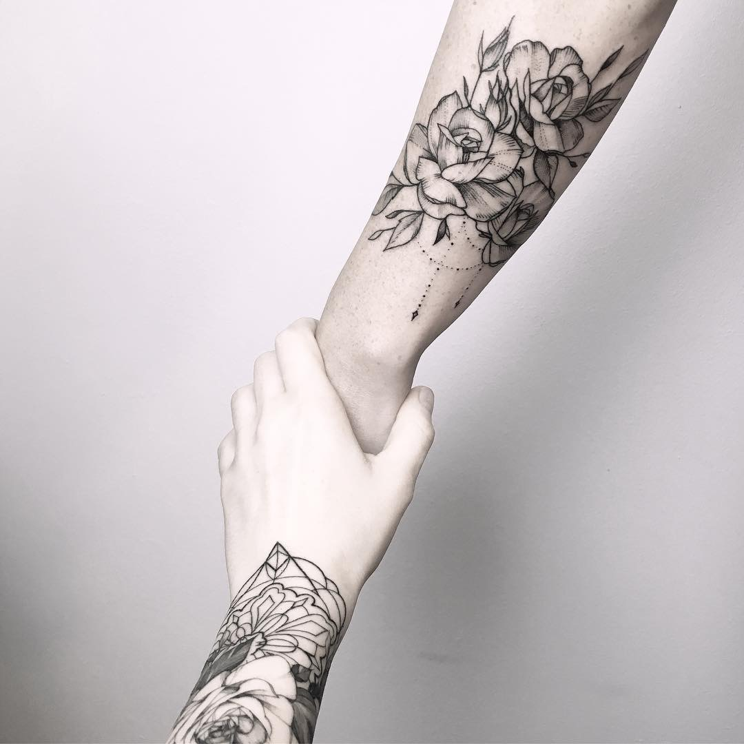#tattoo #black #white #flowers photo Gerda