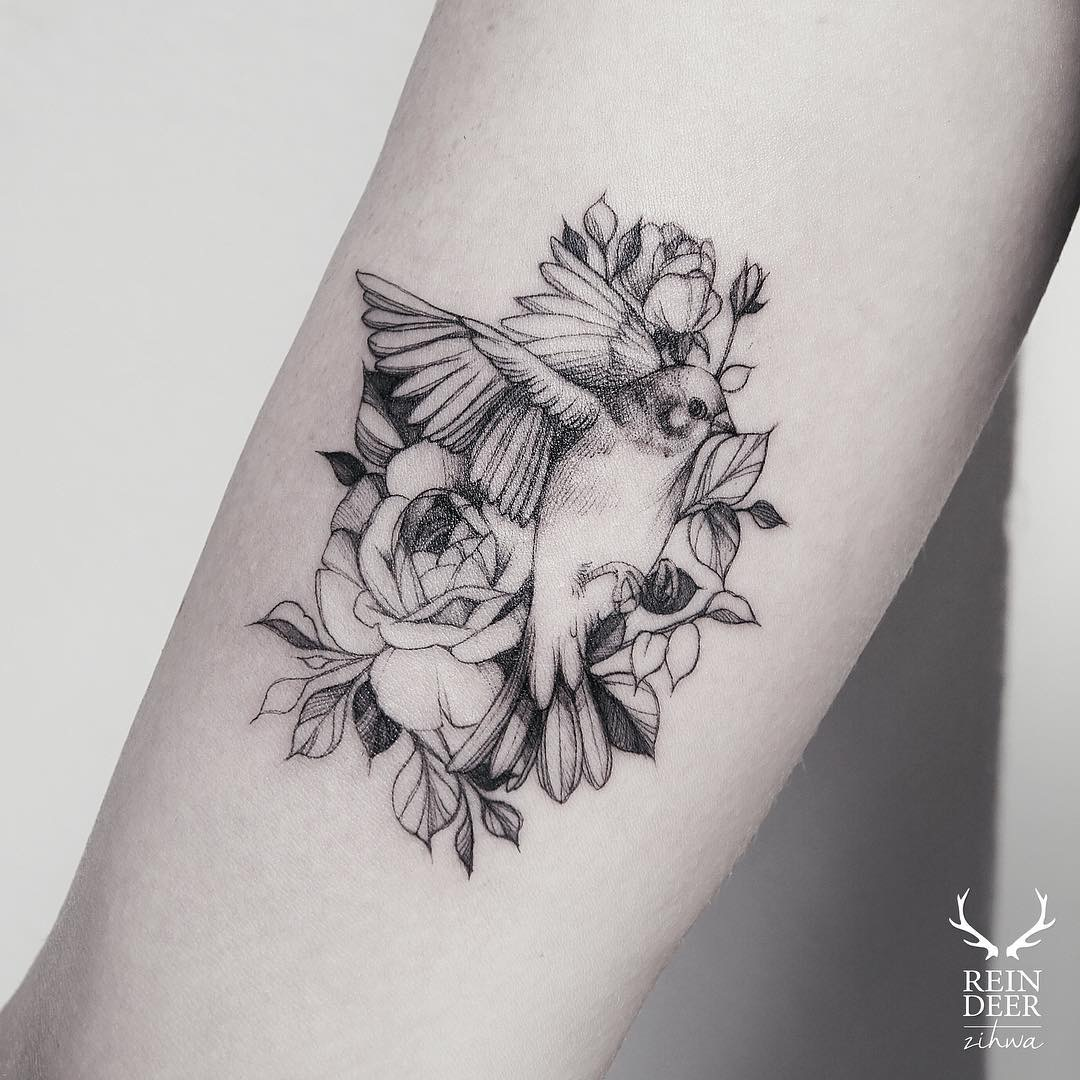 #tattoo #black #white #flowers #bird foto Gerda