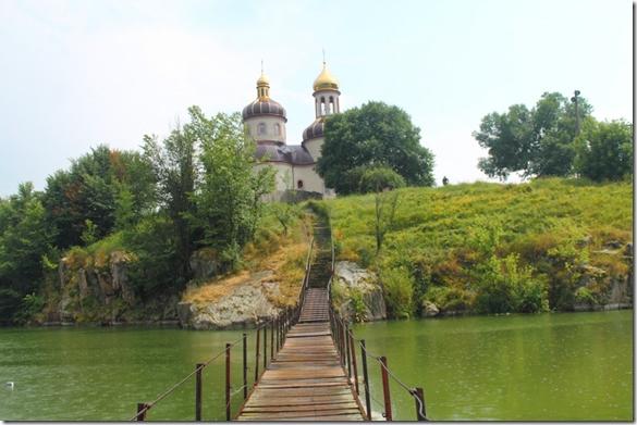 Стеблівська церква photo петро