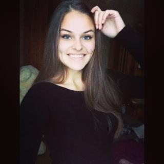 Александра (@larrasa)