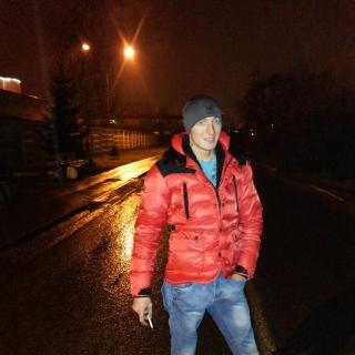 Валентин (@valentinshpicya) in InCamery.Ru