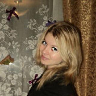 Юля (@yulija-1994)