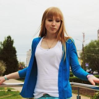 Анна (@anya_152) in InCamery.Ru