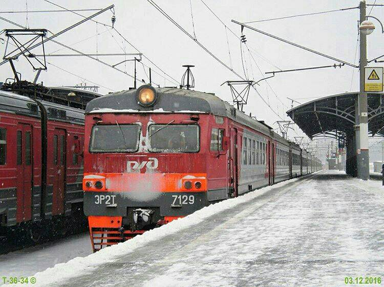 Электричка на Савеловском вокзале фотография Luba